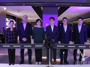 Samsung, SES, SM - Samsung flagship store Manila Philippines