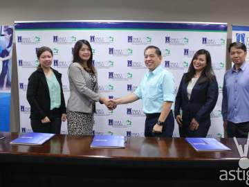Leaders in real estate and healthcare tie up for a discount program for condo communities. DMCI Homes and The Medical City officers forge a partnership to provide in-patient services discount for residents of condo communities. Photo shows (from left to right) DMCI Homes Corporate Communications Manager Josephine Cruz, The Medical City Assistant Vice President for Relationship Management and Business Development Emelie Escasinas, DMCI Homes Property Management Corporation (DPMC) Senior Vice President Enrico C. Wong, The Medical City Assistant Manager Bernadette Remo and DPMC Operations Manager Frederick Rapiñan during the signing of the agreement recently at the DMCI Homes Corporate Center in Makati City.