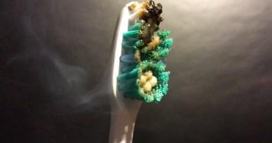 Toothbrush Meltdown - Oddly Satisfying Video