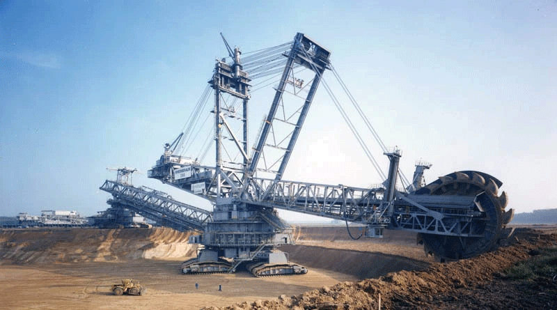 Behold: The World's Largest Land Vehicle Ever Built