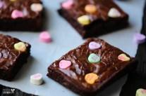 conversation-heart-brownies-5-576x383