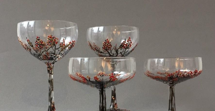Glazen Wintertakjes, Hoge glazen, 15 x 9 cm, Lage glazen, 10 cm x 9 cm, gebrandschilderd glas, 2019