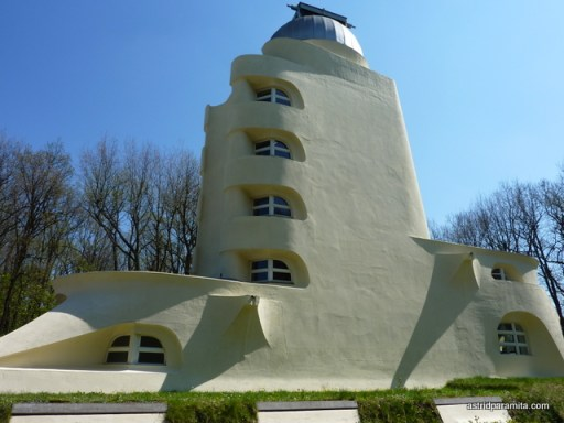 Einstein Tower, side view