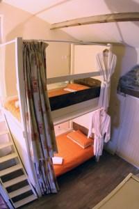 Dortoir bed Astrofarm accommodation