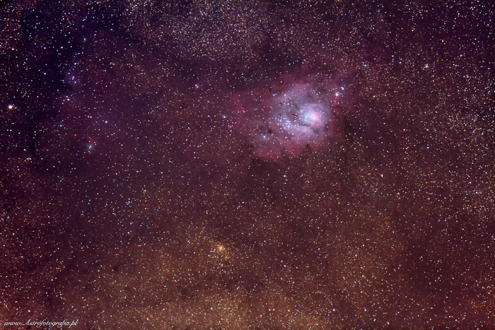 Teleskop Takahashi Sky90 + Flattener f:4,5, Eos 7D - 30x60s., montaż Takahashi EM200