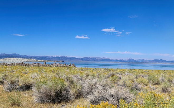 Mono Lake approaching from the US#120