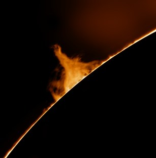 Wonderful fast moving prominence