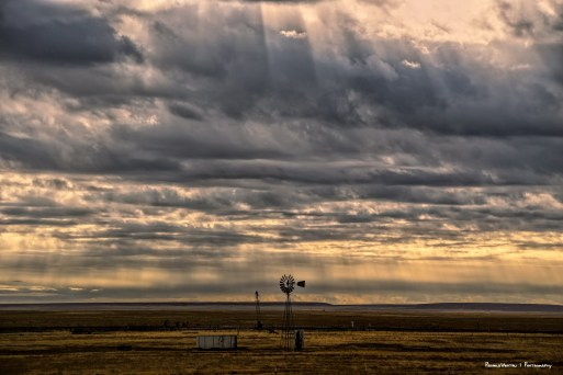 Passing stroms and crepuscular rays in New Mexico