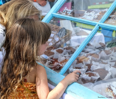No garlic muffins here...whew...the chocolate banana muffin won out for this young lady