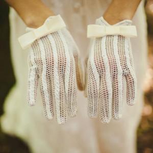 Снятся перчатки к чему это сонник