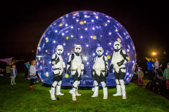 stewiedonn-lr-scienceworks-astrolight-festival-2016-72