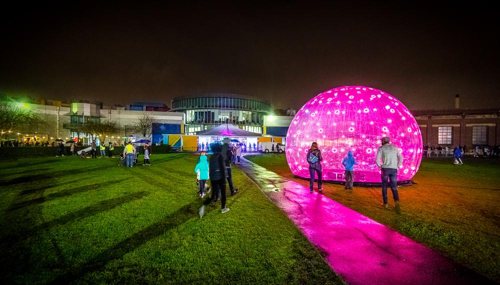 stewiedonn-lr-scienceworks-astrolight-festival-2016-79