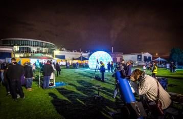 stewiedonn-lr-scienceworks-astrolight-festival-2016-99