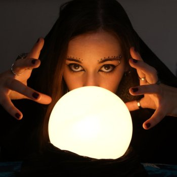 6 Ways People Try To Predict The Future
