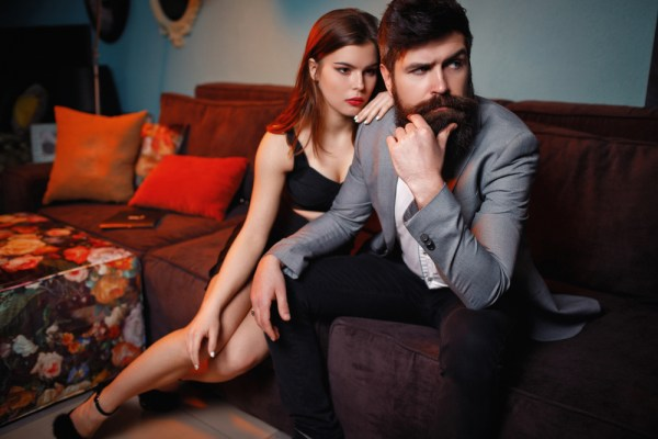 The art of Seduction – How To Flirt (4 Simple Tips)