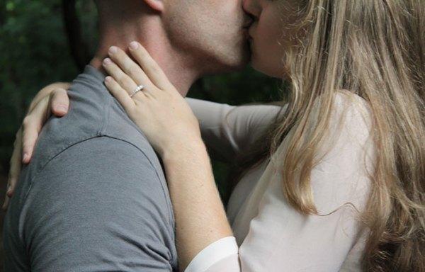 Los signos que mejor besan