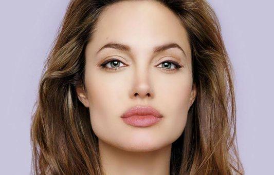 Angelina Jolie: Géminis