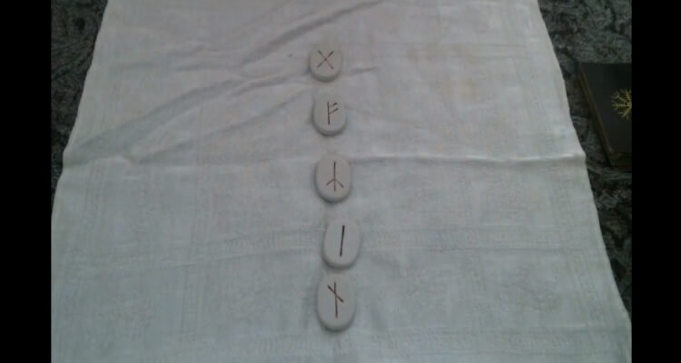 weekly-rune-reading-july-31-2016_OMTimes