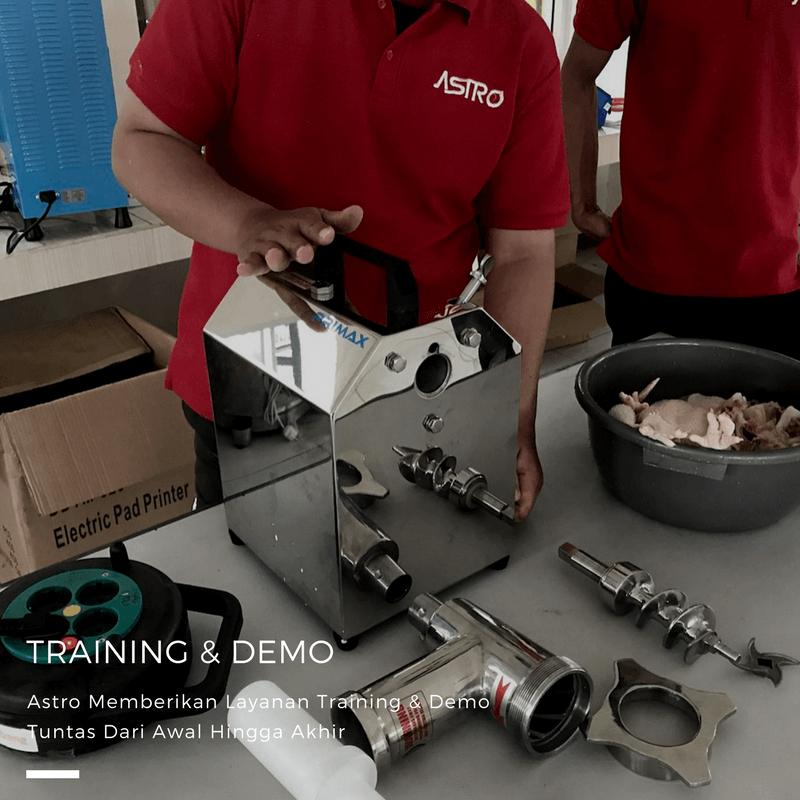 Training Dan Demo Mesin