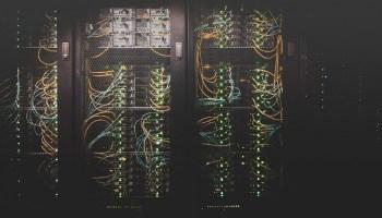 capa-post-redes-de-computadores-astronauts-developers
