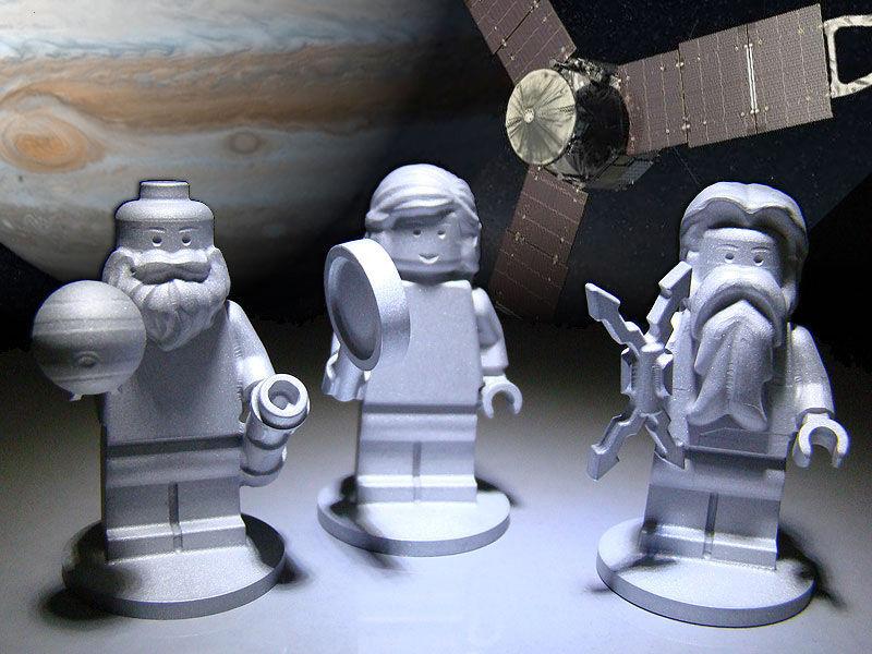 Pupazzetto LEGO che rappresentano: Galileo, Giove e Giunone (Juno)