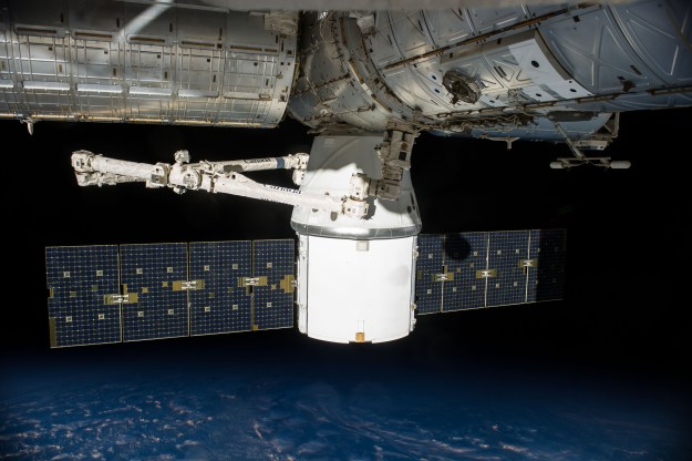 SpaceX_CRS-4_Dragon_docked_to_ISS_(a)
