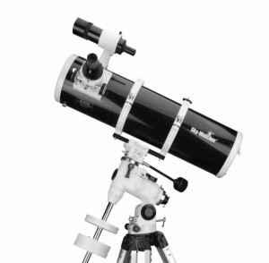 skywatcher-150-750-eq3-reflector-telescope-with-aluminium-tripod-side