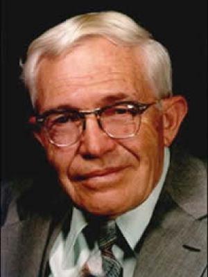 Clyde Tombaugh (04/02/1096 - 17/01/1997), o descobridor de Plutão.