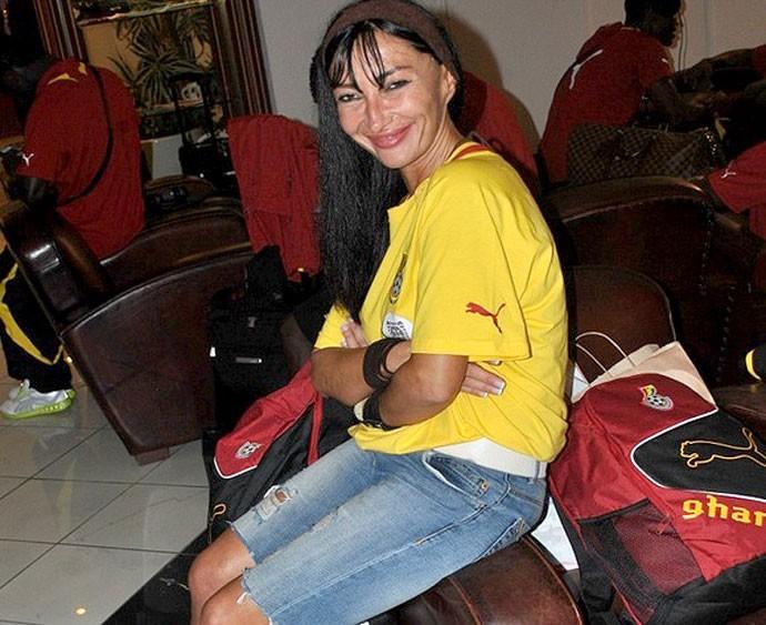 Mariana Kovacevic, com a seleção do Gana. Crédito: Foto: Ghana Soccernet