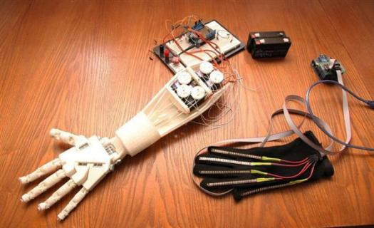 russian-students-3d-print-human-controlled-hand-iss