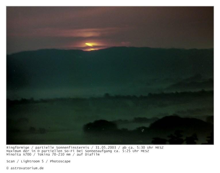 Sonnenaufgang partielle Sonnenfinsternis