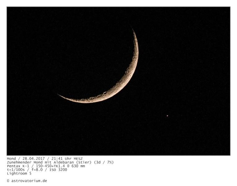 Zunehmender Mond mit Aldebaran
