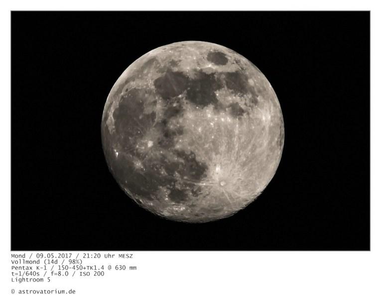 Zunehmender Super-Mond