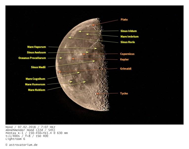 Abnehmender Mond (22d/54%) / beschriftet