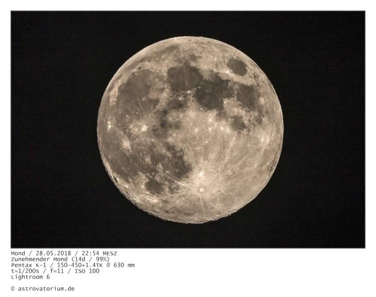 180528 Zunehmender Mond 14h_99vH.jpg