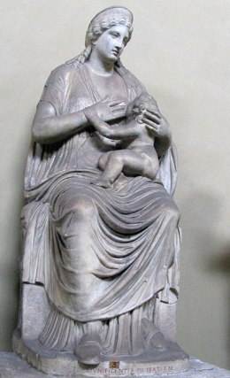 богиня мать с младенцем