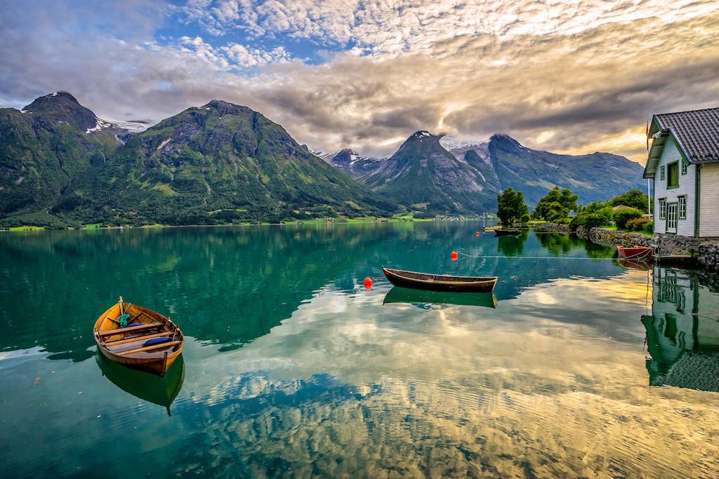 norwegian-romantic-nationalism-zakat-ozero-gory