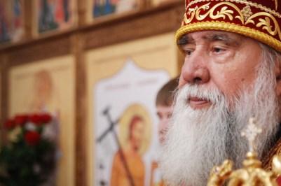 Фоторепортаж иерея Максима Бурдина – архиерейское богослужение в храме подворья Успенского собора