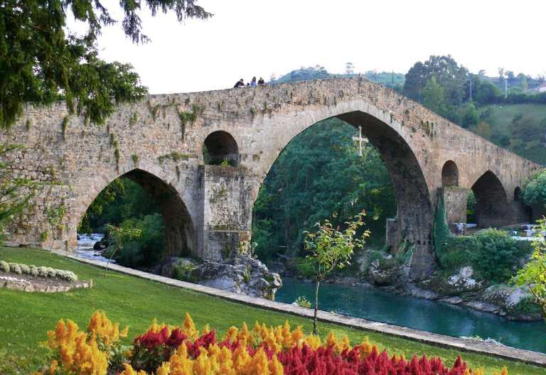 Cangas de Onís. Puente Romano