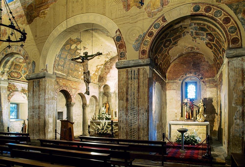 San julian de los prados prerromanico asturiano oviedo pinturas