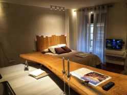 oscura marmol, tabla y cama