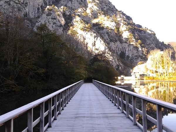 la ruta del oso asturias tuneles