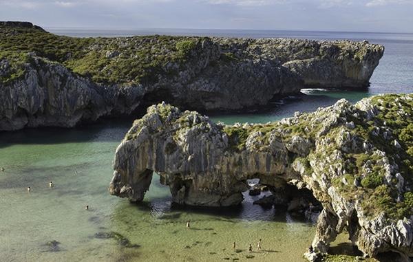 playas asturias playa de cuevas del mar