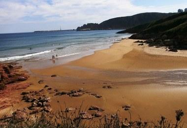 mejores playas cerca de oviedo