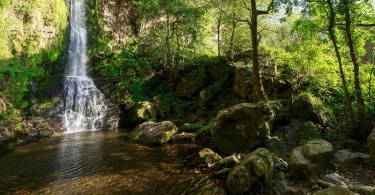 espectacular ruta por las cascadas de oneta