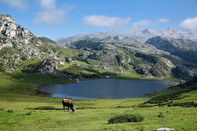 espectaculares vistas del camino real de la mesa en asturias
