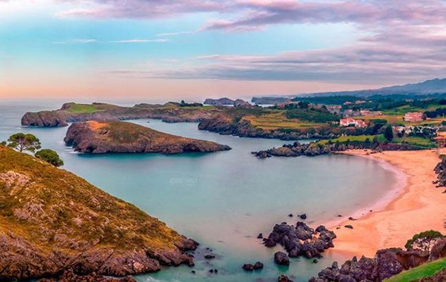preciosa playa del barro en asturias