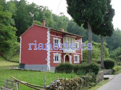 Traditional Asturian house (Casona).