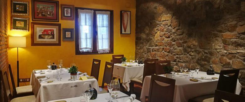 Comedor interior Casa Belarmino
