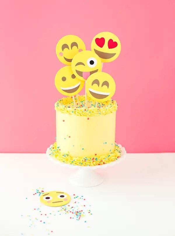 Emoji Party Cake A Subtle Revelry